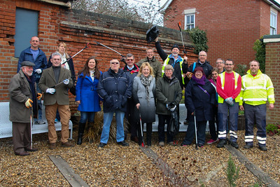 Sat, 28 March, 2015Tendring District Council joined forces with Harwich Town Council and the Harwich Society for a clean-up around Harwich and Dovercourt ahead of the arrival of the first cruise ship of the season.